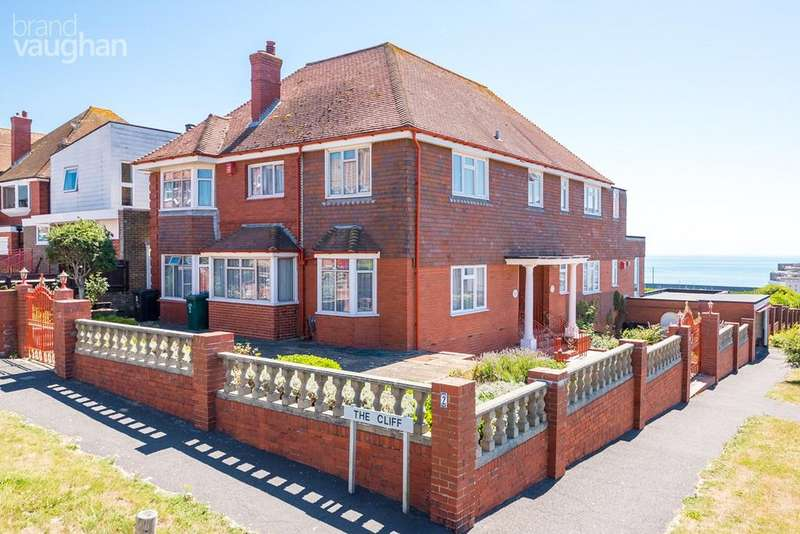 5 Bedrooms Detached House for sale in The Cliff, Brighton, BN2