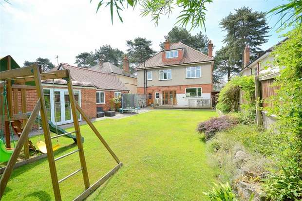 4 Bedrooms Detached House for sale in Littledown Avenue, Bournemouth, Dorset