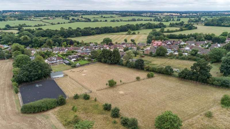 3 Bedrooms Detached House for sale in Ingatestone, Essex