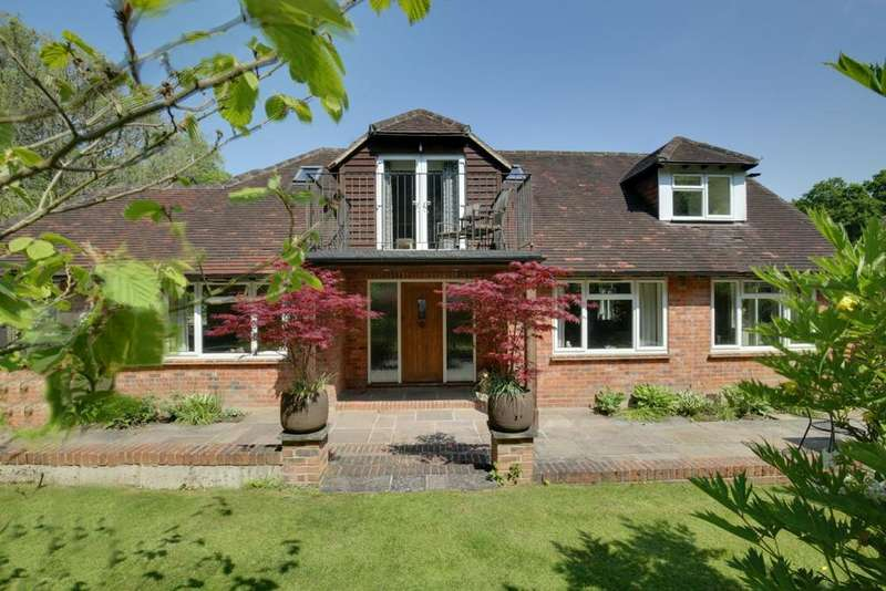 5 Bedrooms House for sale in Warren Row