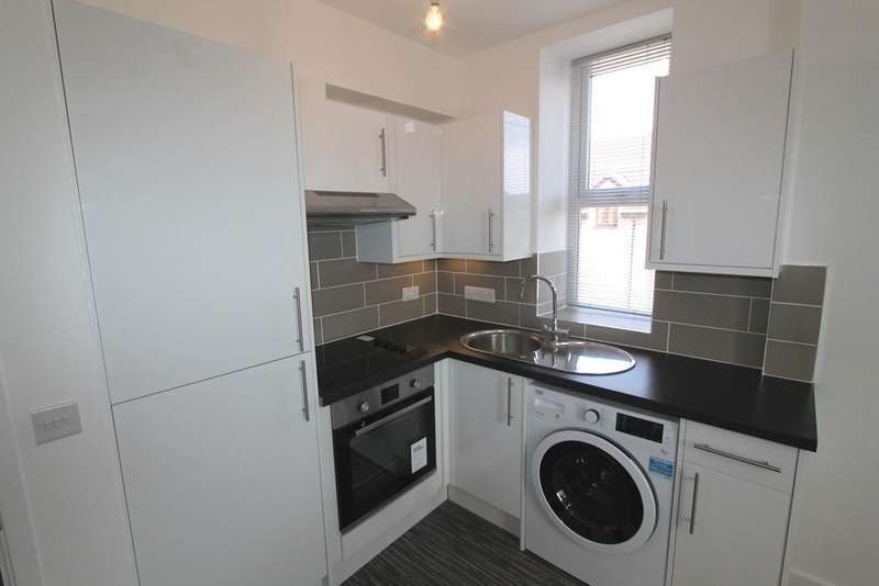 1 Bedroom Apartment Flat for sale in Hallatrow Road, Paulton, Bristol