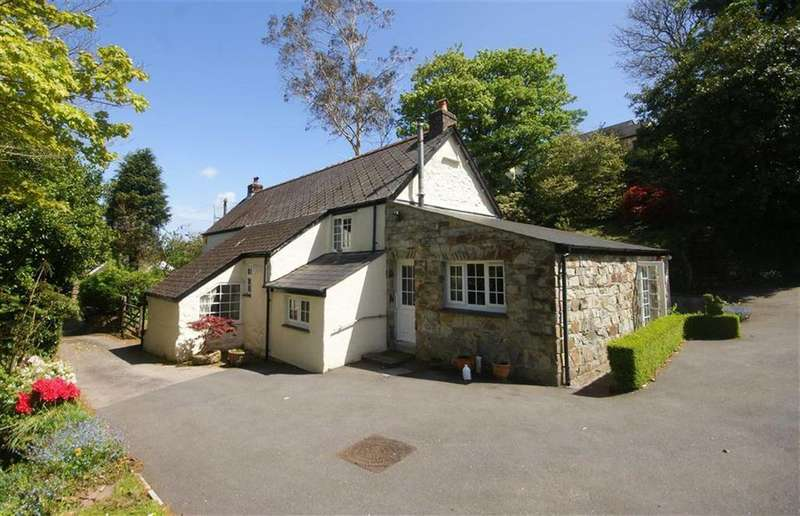 3 Bedrooms Detached House for sale in Laddenvean, St Keverne, Helston, Cornwall, TR12