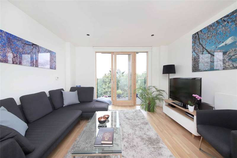2 Bedrooms Flat for sale in Binnacle House, 10 Cobblestone Square, London, E1W