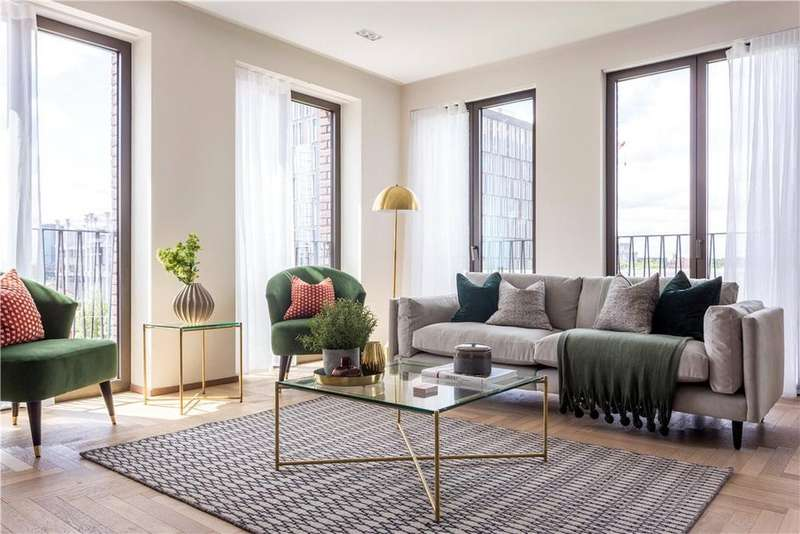 3 Bedrooms Flat for sale in Fenman House, 5 Lewis Cubitt Walk, London, N1C