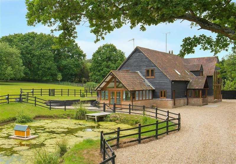 6 Bedrooms Barn Conversion Character Property for sale in Wormley West End, Broxbourne, Hertfordshire