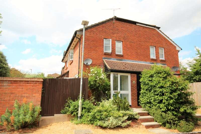 1 Bedroom Terraced House for sale in Cotterell Gardens, Twyford, RG10