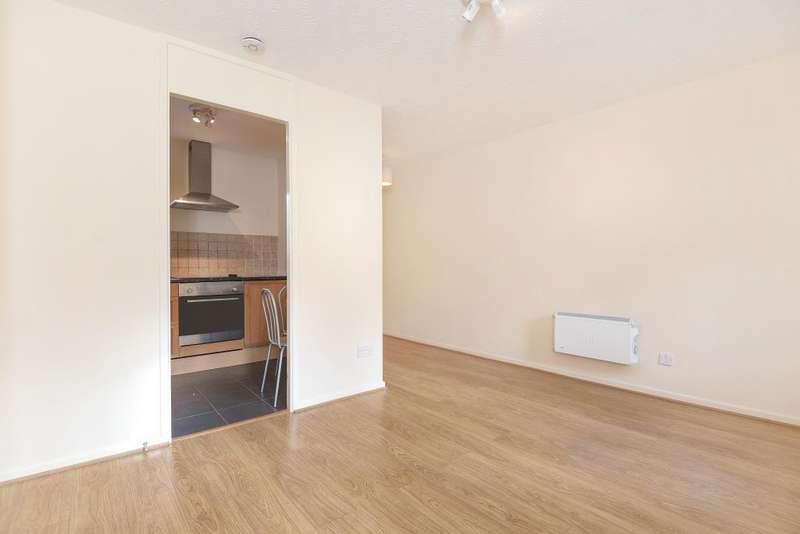 Studio Flat for sale in Eeklo Place, Newbury, RG14