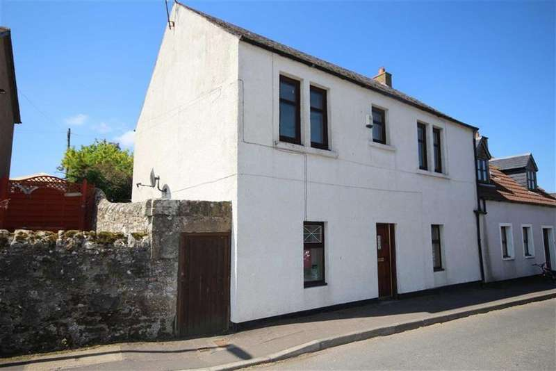 3 Bedrooms Town House for sale in 5, High Street, Pitlessie, Fife, KY15