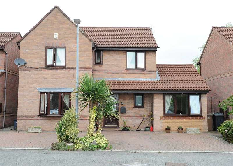 4 Bedrooms Detached House for sale in 27 Colling Close, Irlam M44 6BY