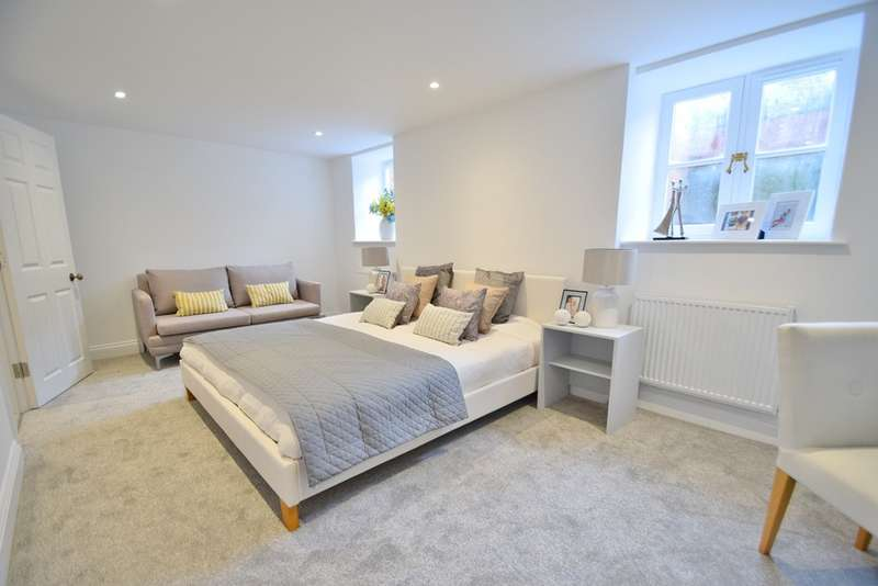 2 Bedrooms Flat for sale in Winchester