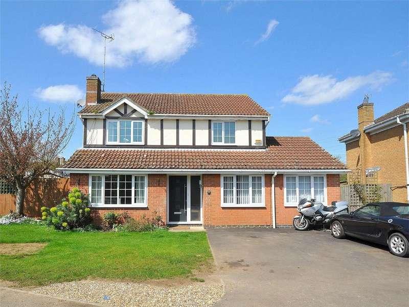 5 Bedrooms Detached House for sale in Wertheim Way, Stukeley Meadows, Huntingdon, Cambridgeshire