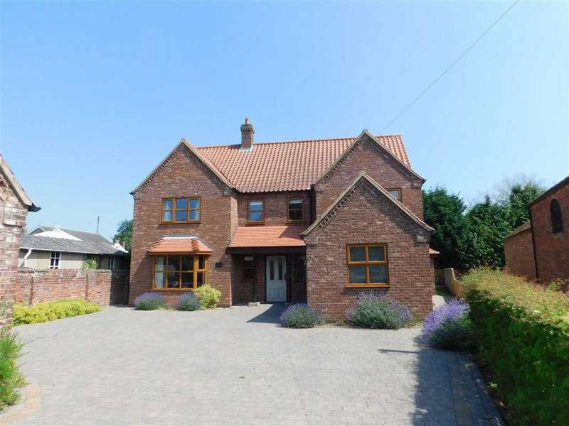 4 Bedrooms Detached House for sale in BLUE JAYS STATION ROAD, GRASBY, BRIGG