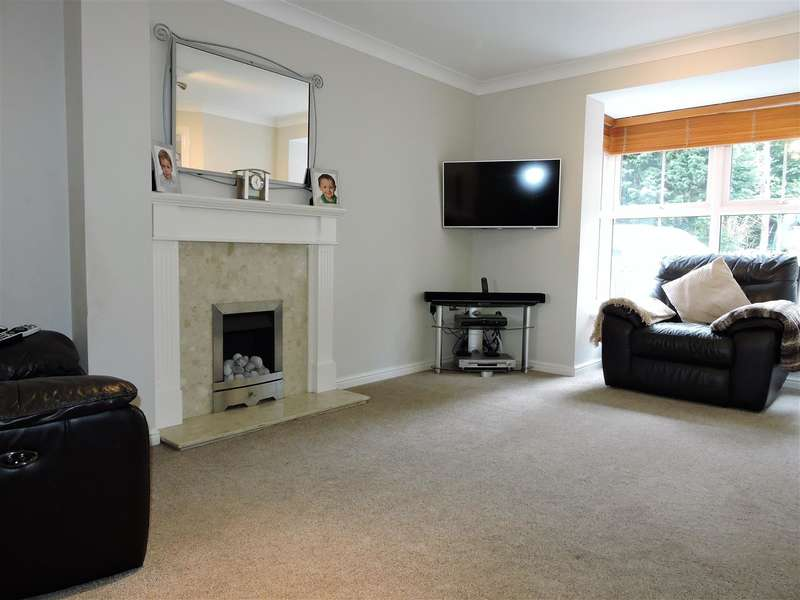 4 Bedrooms Semi Detached House for sale in Byewaters, Watford