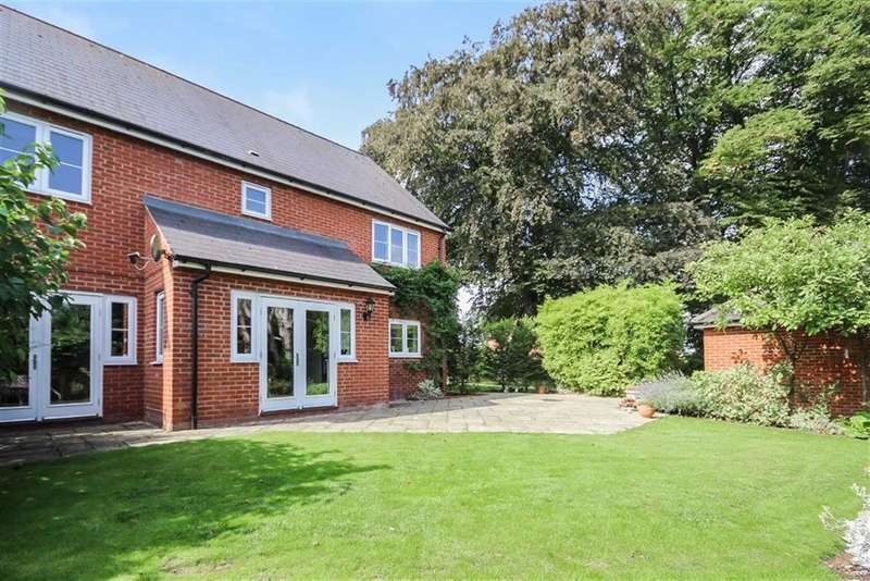 4 Bedrooms Detached House for sale in Elm Grove, Calne, Wiltshire