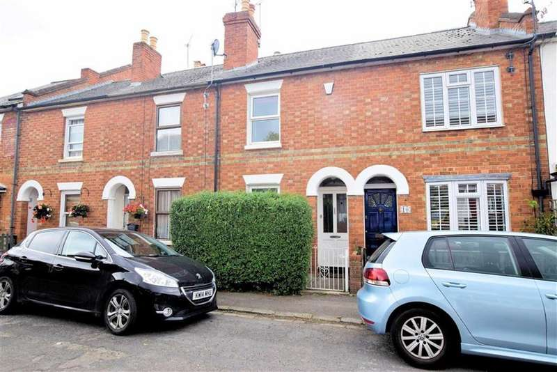3 Bedrooms Terraced House for sale in Piggotts Road, Caversham, Reading