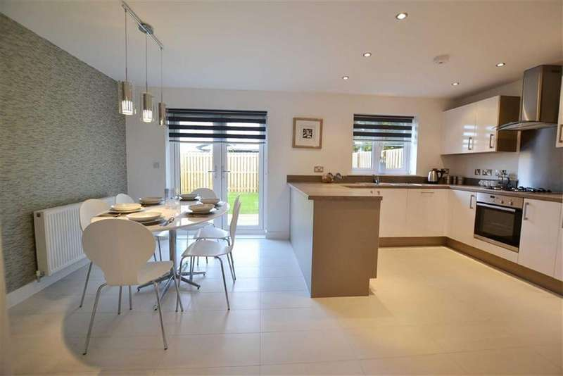 4 Bedrooms Detached House for sale in The Hallows, Burnley, Lancashire
