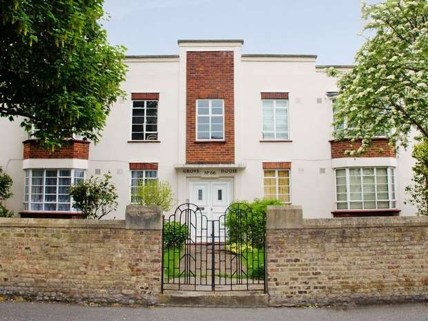 2 Bedrooms Flat for sale in British Grove, Chiswick