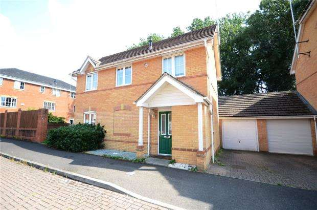 3 Bedrooms Detached House for sale in Ruskin, Henley Road, Caversham