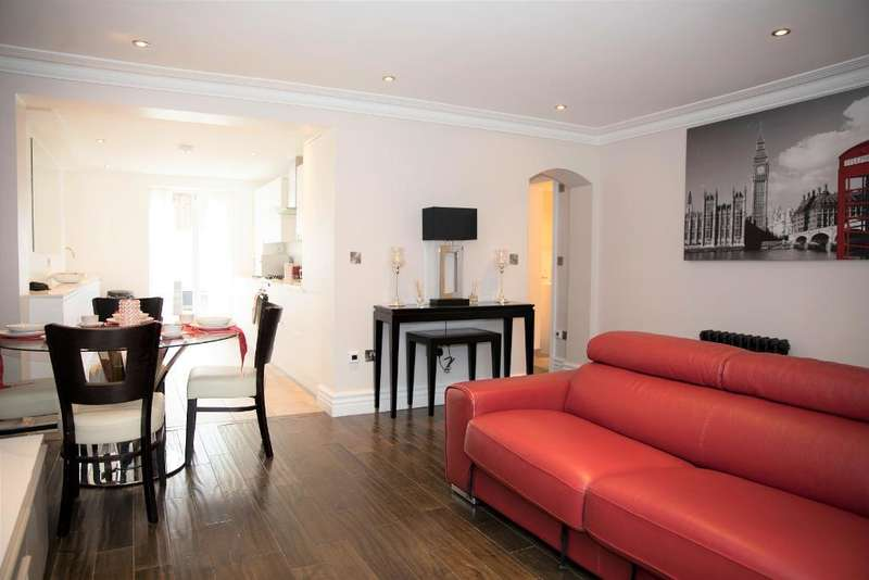 2 Bedrooms Maisonette Flat for sale in Albion Road, Stoke Newington, London, N16 9JR