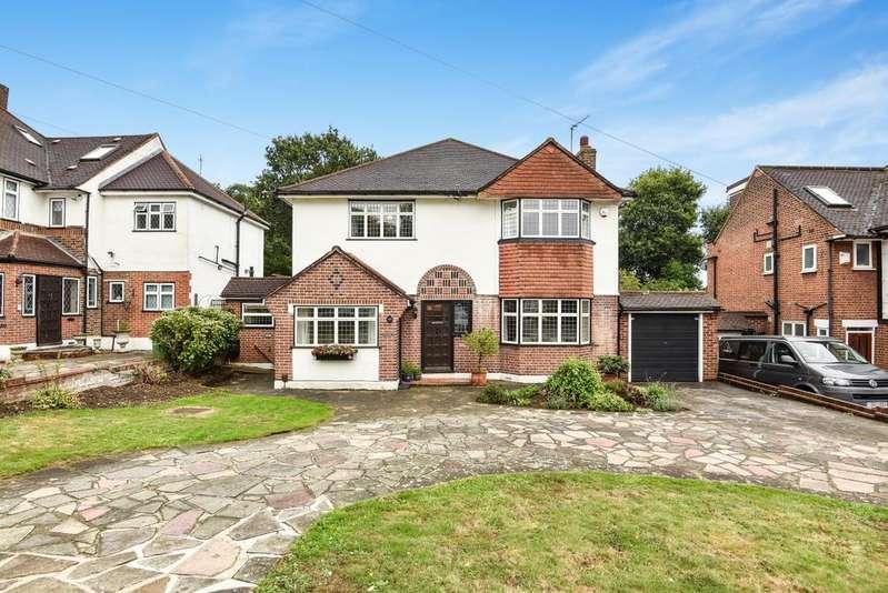 4 Bedrooms Detached House for sale in Crown Woods Way Eltham SE9