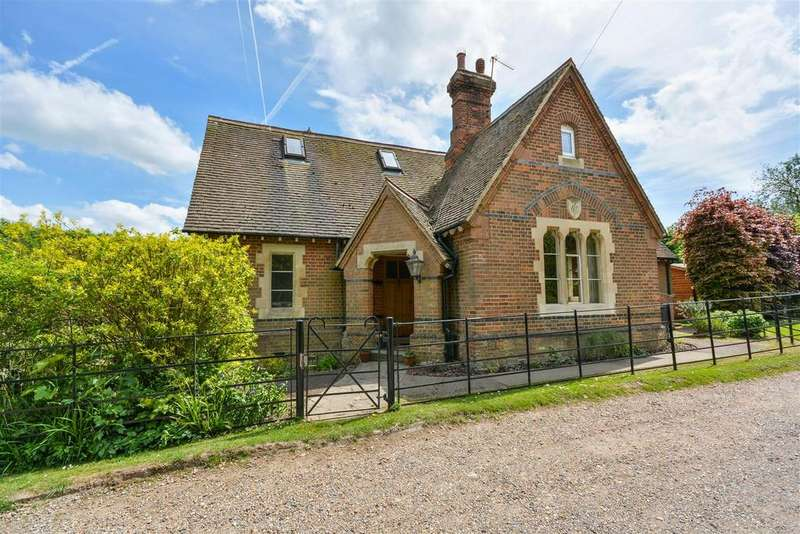 5 Bedrooms House for sale in White Stubbs Lane, Bayford, Hertford
