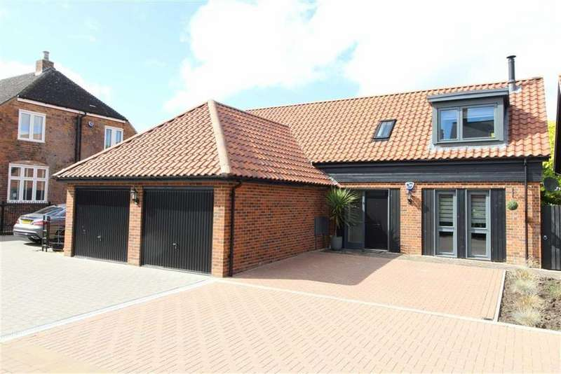 3 Bedrooms Detached House for sale in Hempsted, Gloucester