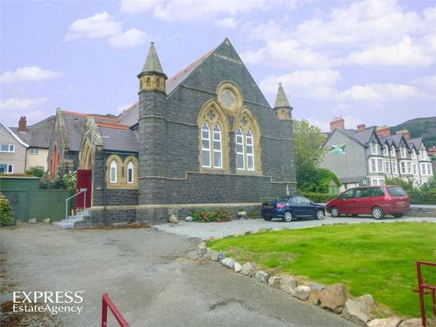 6 Bedrooms Detached House for sale in Esplanade, Penmaenmawr, Conwy