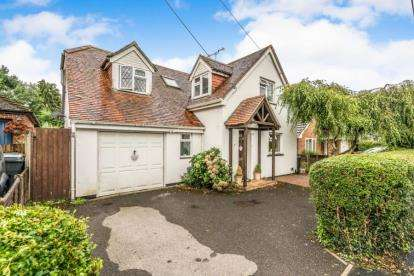 4 Bedrooms House for sale in Romsey, Hampshire