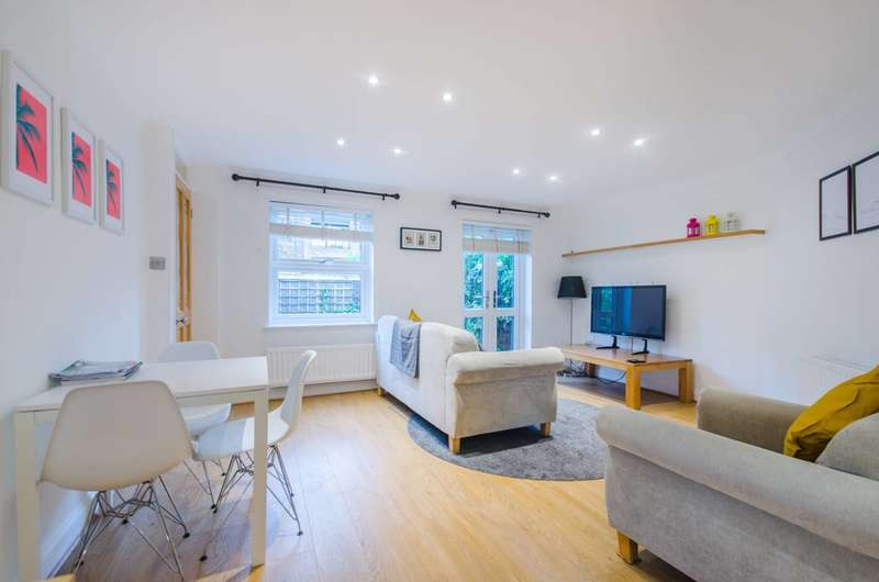 2 Bedrooms Terraced House for sale in Francis Close, Isle Of Dogs, E14