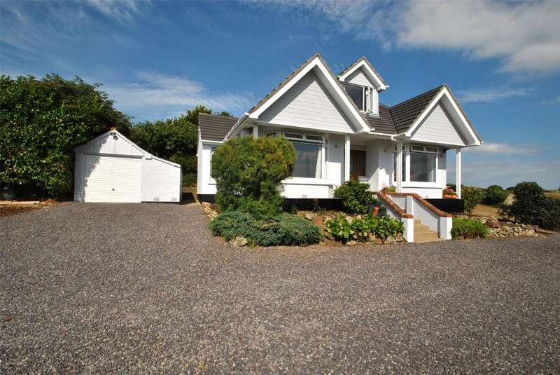 3 Bedrooms Detached Bungalow for sale in Eastleigh, Bideford