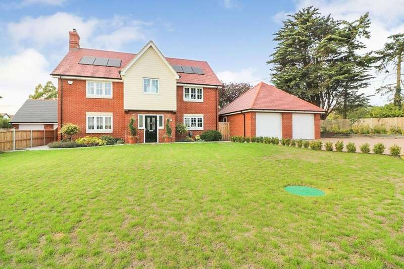 4 Bedrooms Detached House for sale in Murrayfields, Burnham-On-Crouch