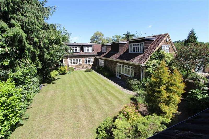 5 Bedrooms Detached House for sale in Copper Beech Way, Leighton Buzzard