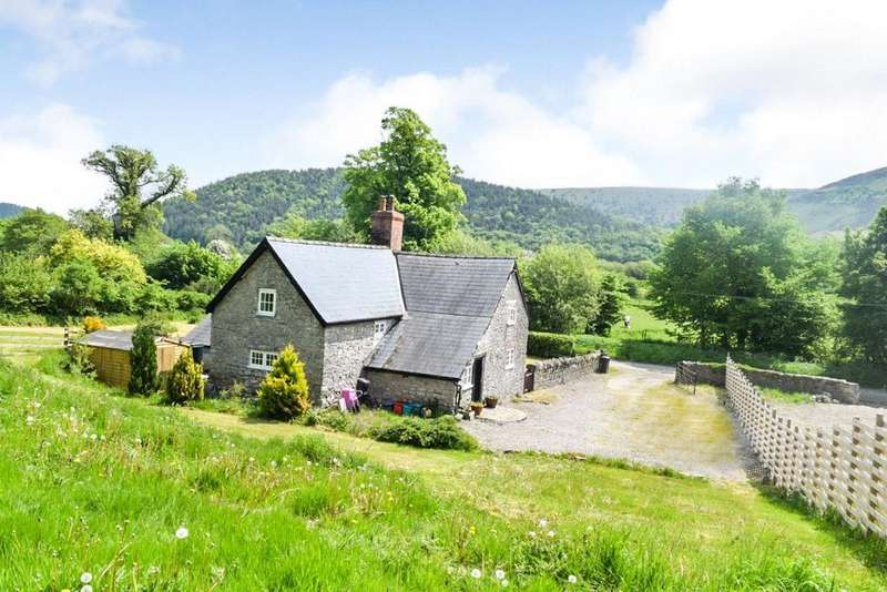 3 Bedrooms Farm Commercial for sale in Burlingjobb, Presteigne, Powys