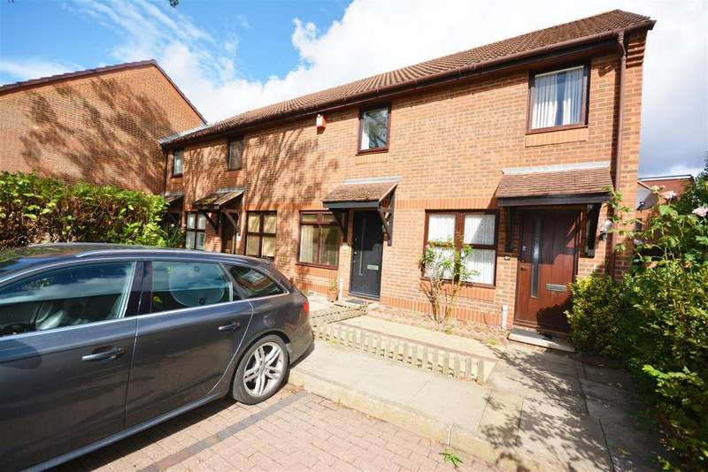 2 Bedrooms Terraced House for sale in Courtney Road, Colliers Wood