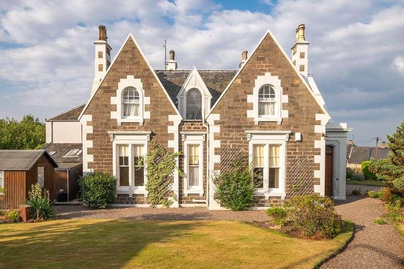 5 Bedrooms Detached House for sale in Castle Cottage, 11 Castle Road, Tayport, Fife, DD6