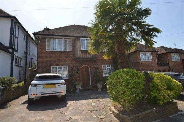 3 Bedrooms Detached House for sale in Beech Avenue, Whetstone, N20