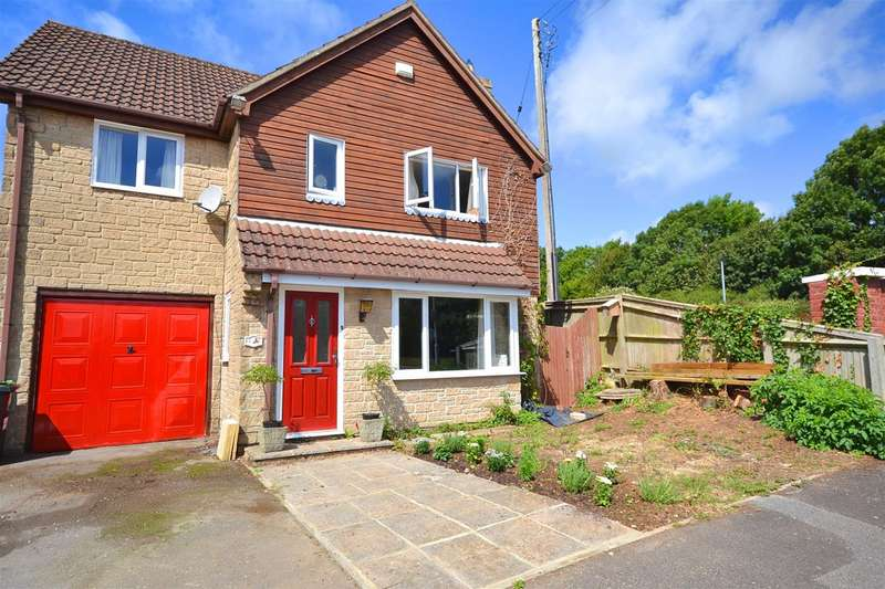 4 Bedrooms Detached House for sale in Dodhams Farm Close, Bridport