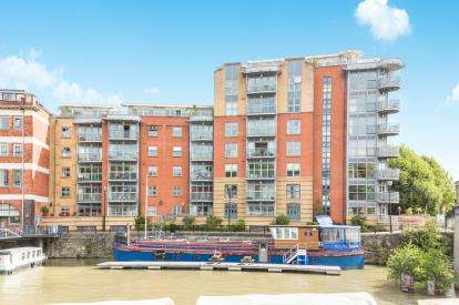 3 Bedrooms Flat for sale in The Custom House, Redcliff Backs, Bristol