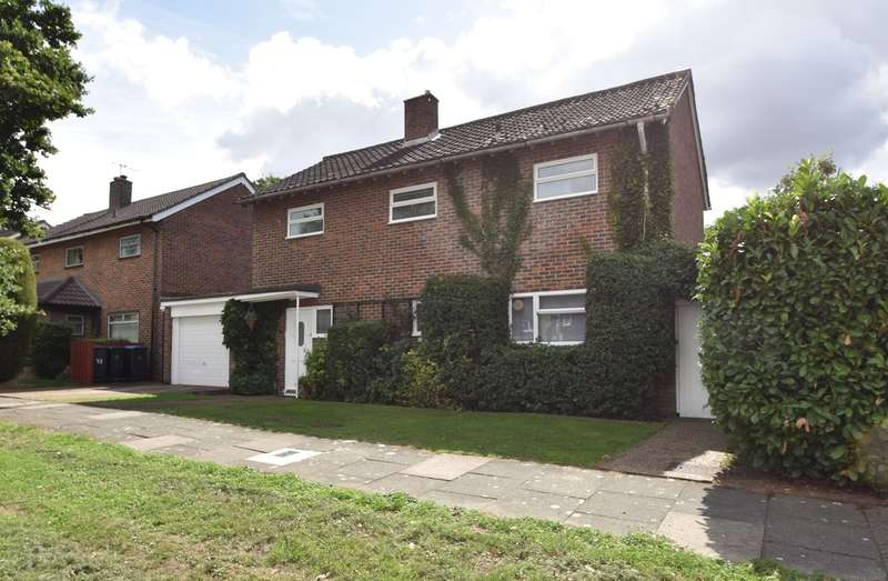 3 Bedrooms Semi Detached House for sale in Mark Hall Moors, Harlow