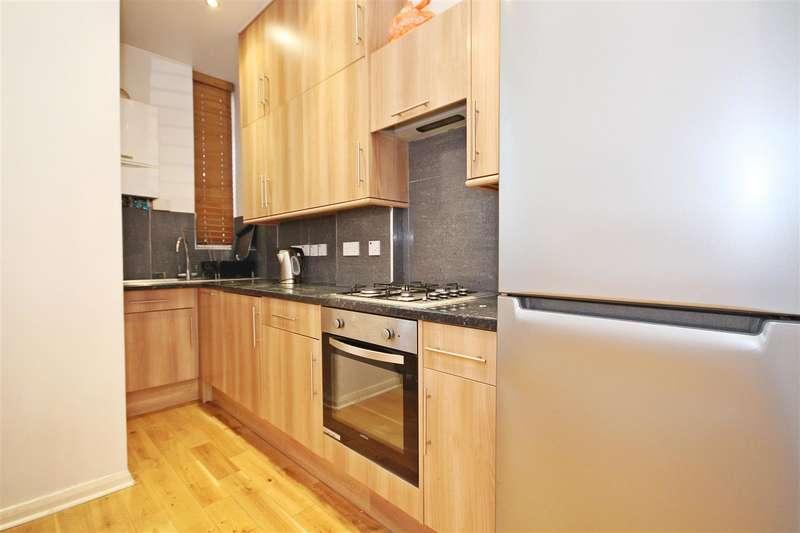 1 Bedroom Flat for sale in Curwen Road. Shepherds Bush, W12 9AL