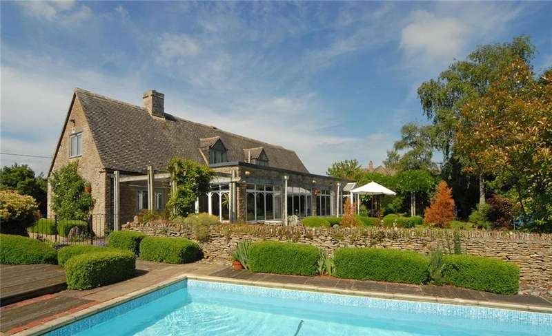 4 Bedrooms Detached House for sale in Driffield, Cirencester, Gloucestershire, GL7