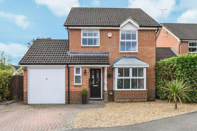 3 Bedrooms Detached House for sale in Bracknell, Berkshire, RG42