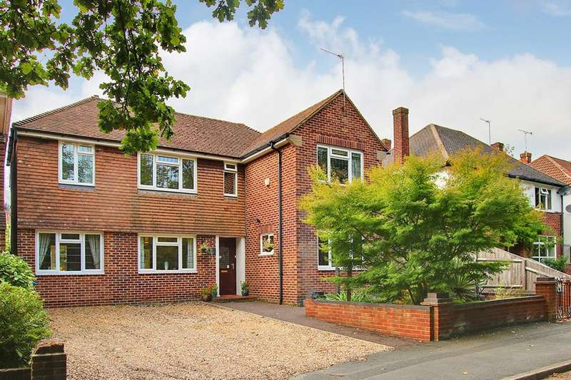 4 Bedrooms Detached House for sale in Bassett, Southampton