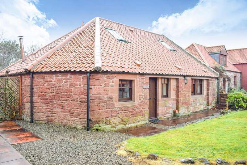 3 Bedrooms Cottage House for sale in 8 Garvald Grange Steading, Garvald, EH41 4LL
