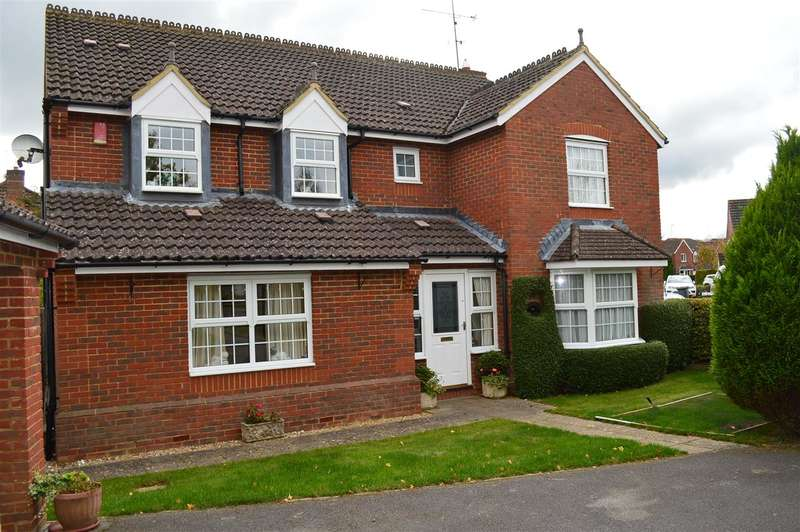5 Bedrooms Detached House for sale in Farriers Close,, Bramley, Tadley.