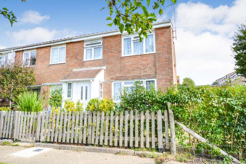 4 Bedrooms House for sale in Barming Close, Langney, Eastbourne, BN23
