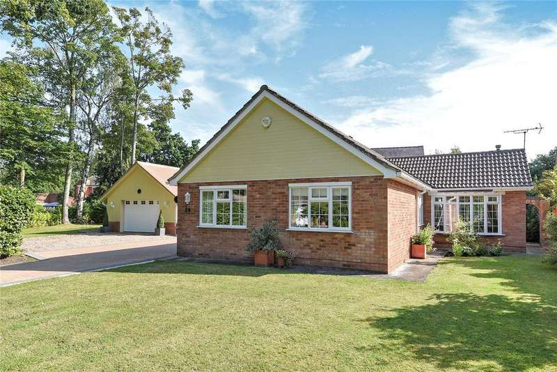 3 Bedrooms Detached Bungalow for sale in Arnhem Way, Woodhall Spa, LN10