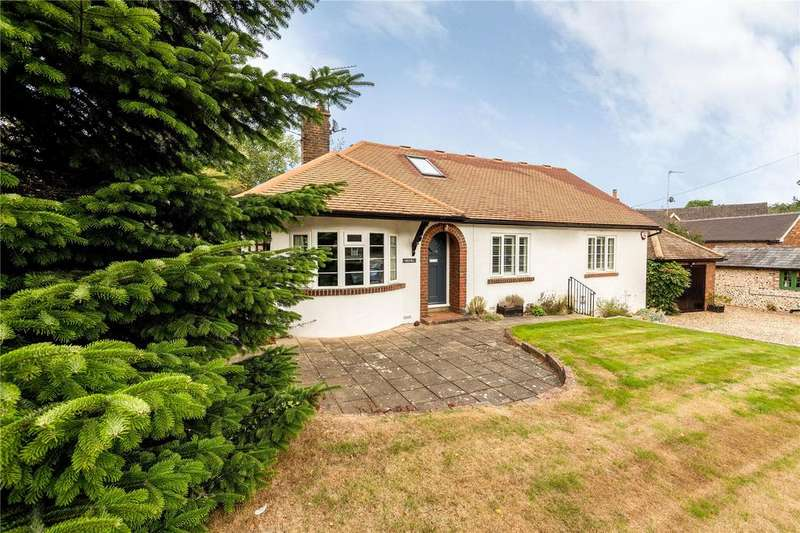 3 Bedrooms Detached Bungalow for sale in The Front, Potten End, Berkhamsted, Hertfordshire, HP4