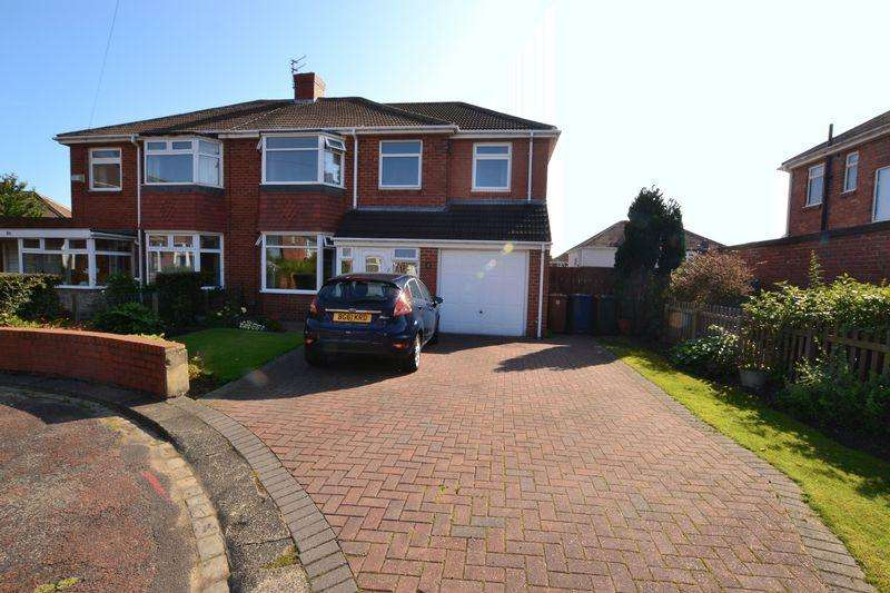 4 Bedrooms Semi Detached House for sale in Stokesley Grove, Newcastle Upon Tyne