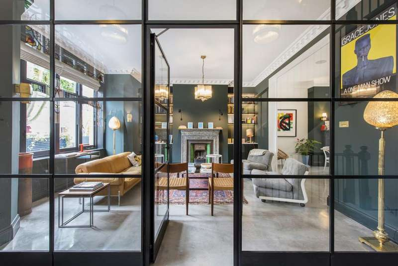 6 Bedrooms House for rent in Glenmore Road, Belsize Park, London, NW3